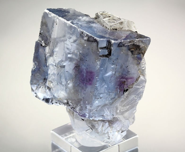 FLUORITE with PHANTOM